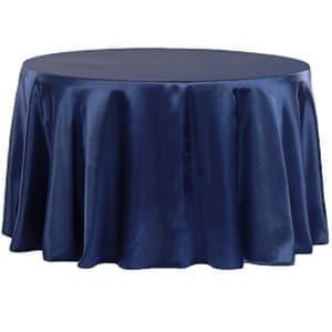 aluguel de mesa redonda com toalhas