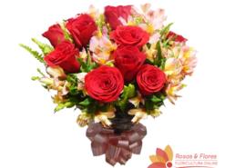 Buquê de Rosas vermelhas e Astromélias Rosas Floricultura Rosas e Flores RJ