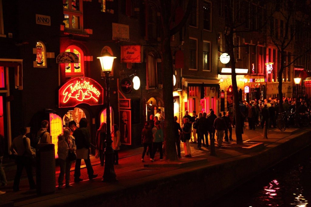 Famosa Red Light Distrit em Amsterdam, na Alemanha