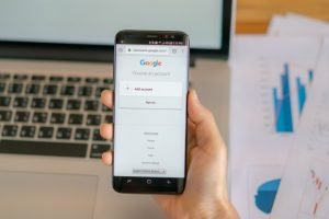 loei thailand may hand holding samsung s with mobile application google screen