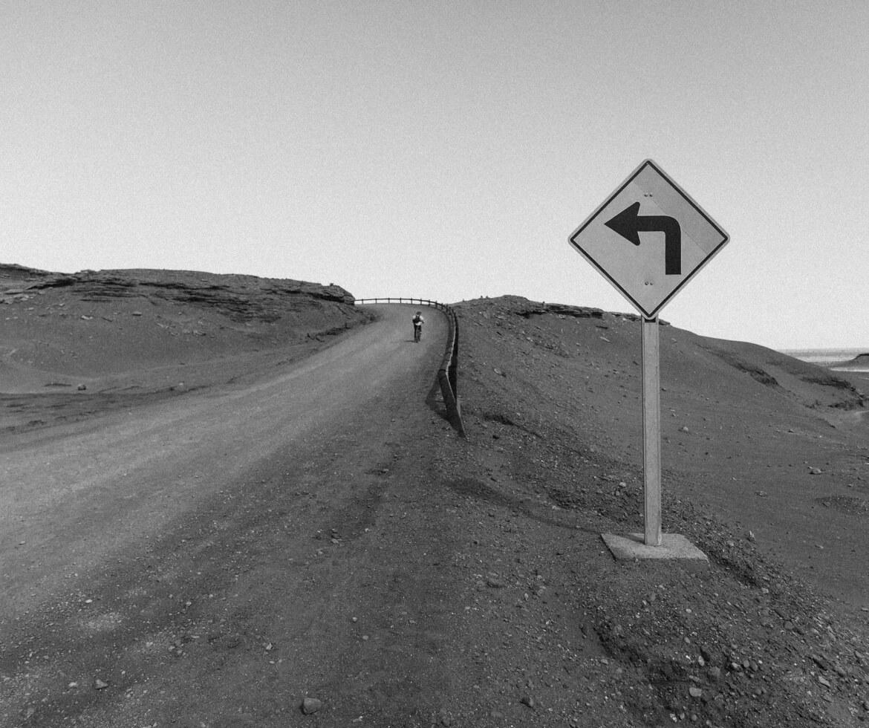 estrada para o Valle de La Luna - Atacama | Viajando na Janela
