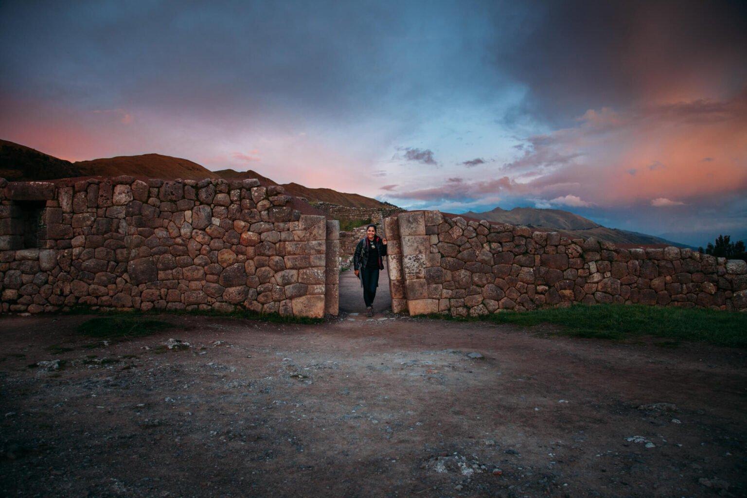 Puka Pukara no entardecer | City Tour em Cusco