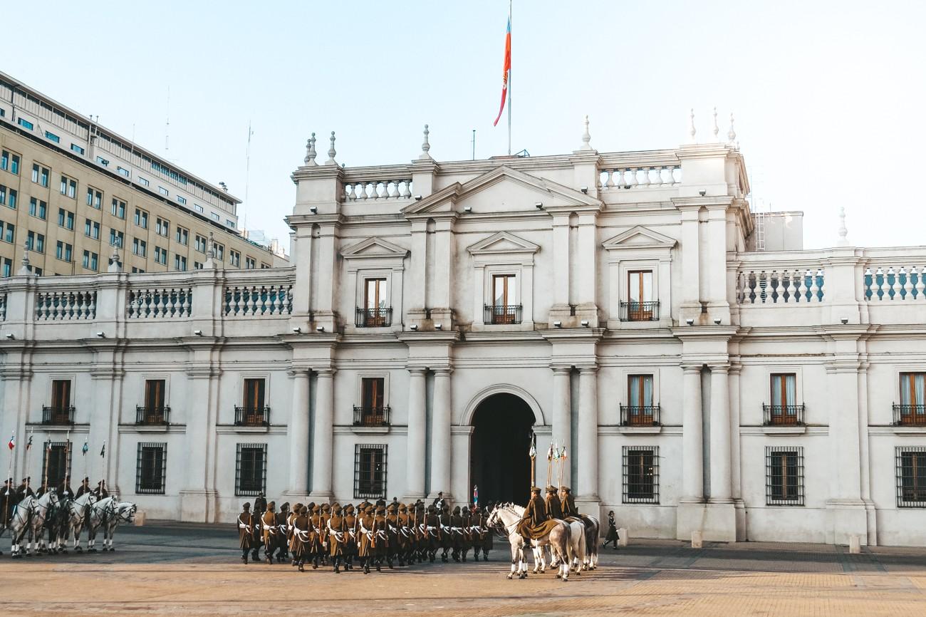 O que fazer em Santiago, Chile - troca de guarda