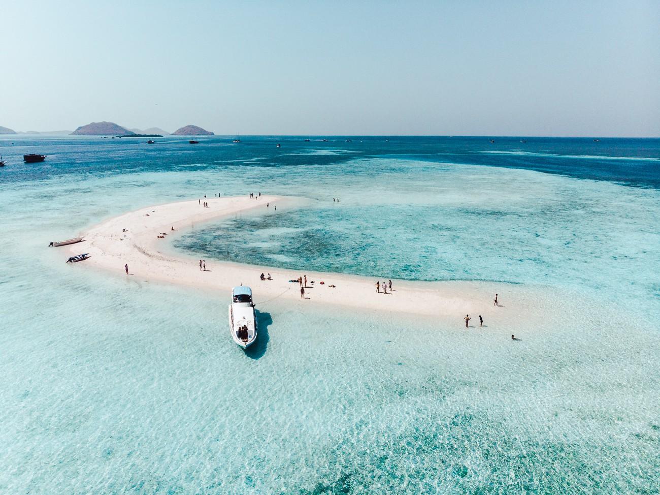 Komodo, Indonésia - banco de areia