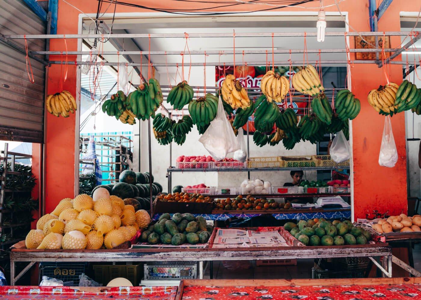 Lojinha de frutas em Phi Phi Island