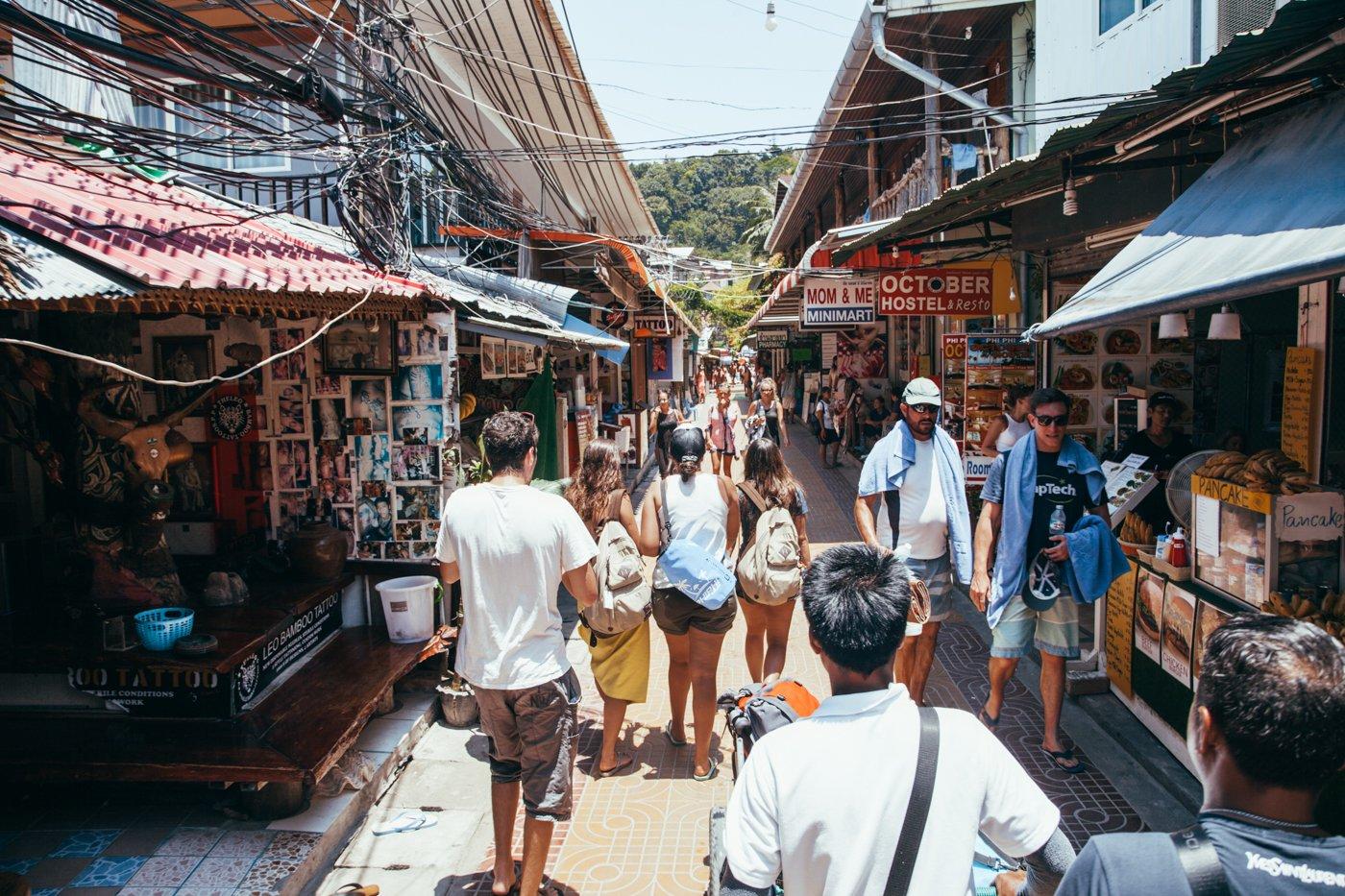 Phi Phi Island: uma das ruazinhas da ilha