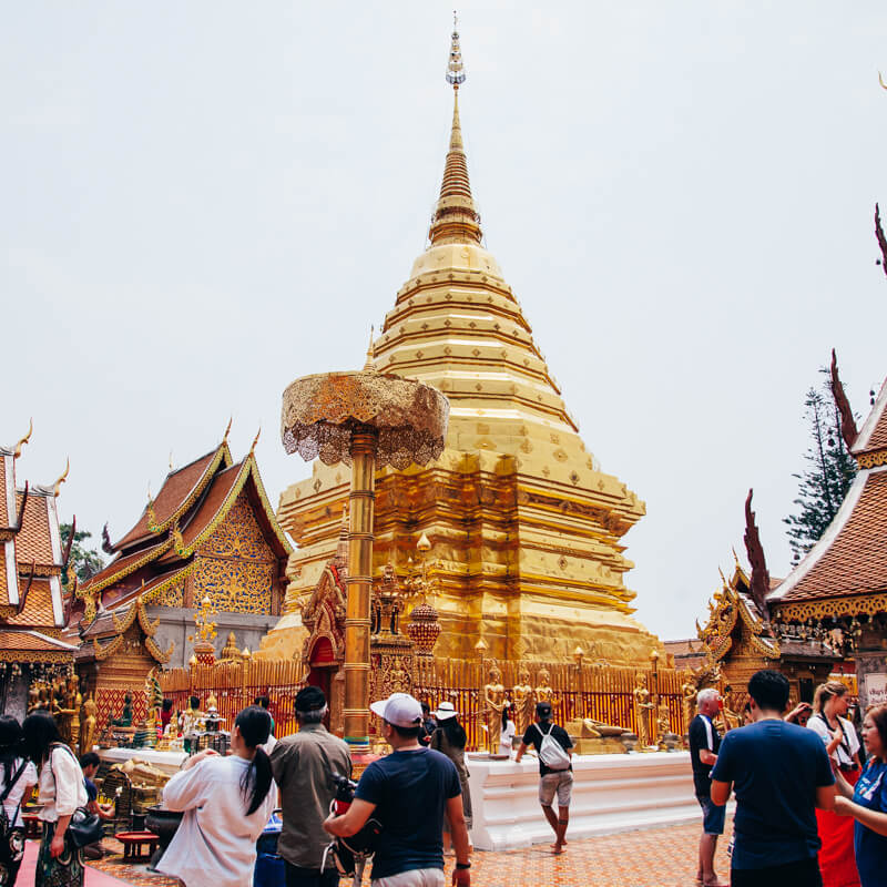 Chedi dourado - Chiang Mai Tailândia