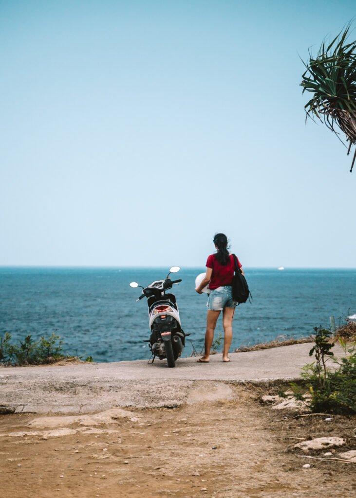 Nusa Ceningan e Nusa Lembongan: scooter