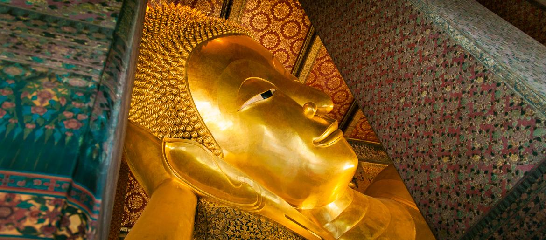 Templos em Bangkok – Viajando na Janela
