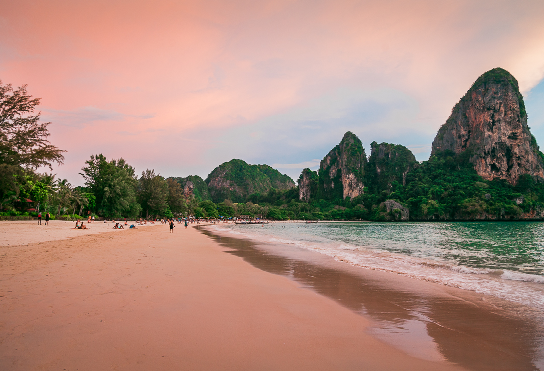 Por do sol em Railay Beach