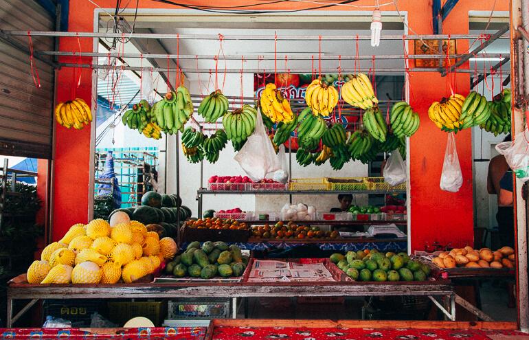 Banca de frutas em koh phi phi