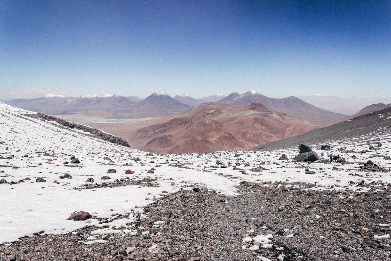 Vulcão Lascar - vista das montanhas e vulcões ao redor
