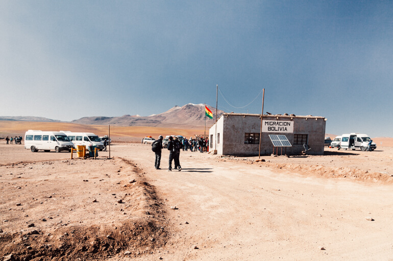 Posto de imigração boliviana   Salar de Uyuni - primeiro dia