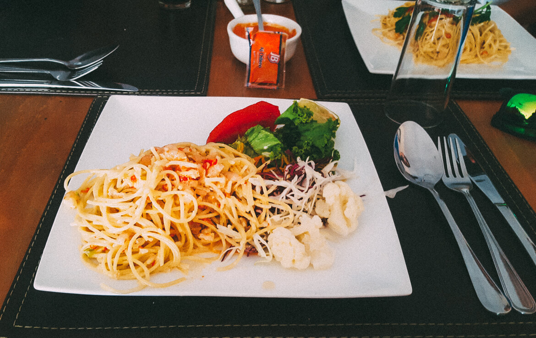 Salar de Tara - almoço no restaurante Cabañas Chiloé, em San Pedro