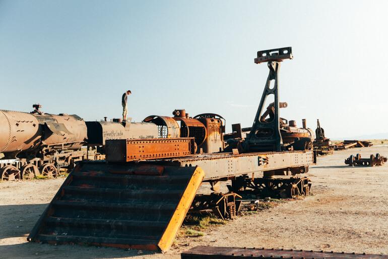 Cemitério de trens | Viajando na Janela