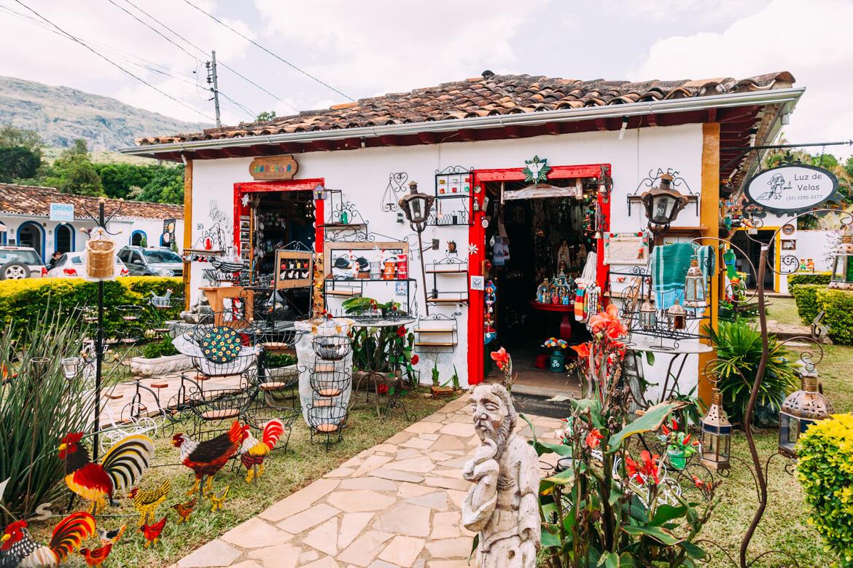 Tiradentes MG: uma das lojinhas da cidade