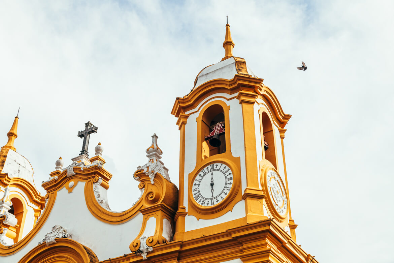 Tiradentes MG: Detalhe de uma das torres da Matriz de Santo Antônio