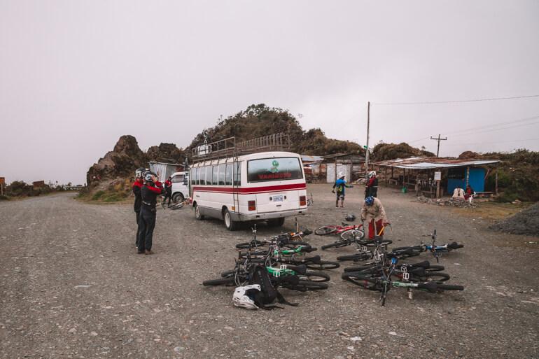 Estrada da Morte, Bolívia: inicio do percurso