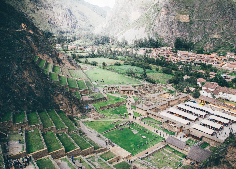 O Sítio Arqueológico e a cidade de Ollantaytambo
