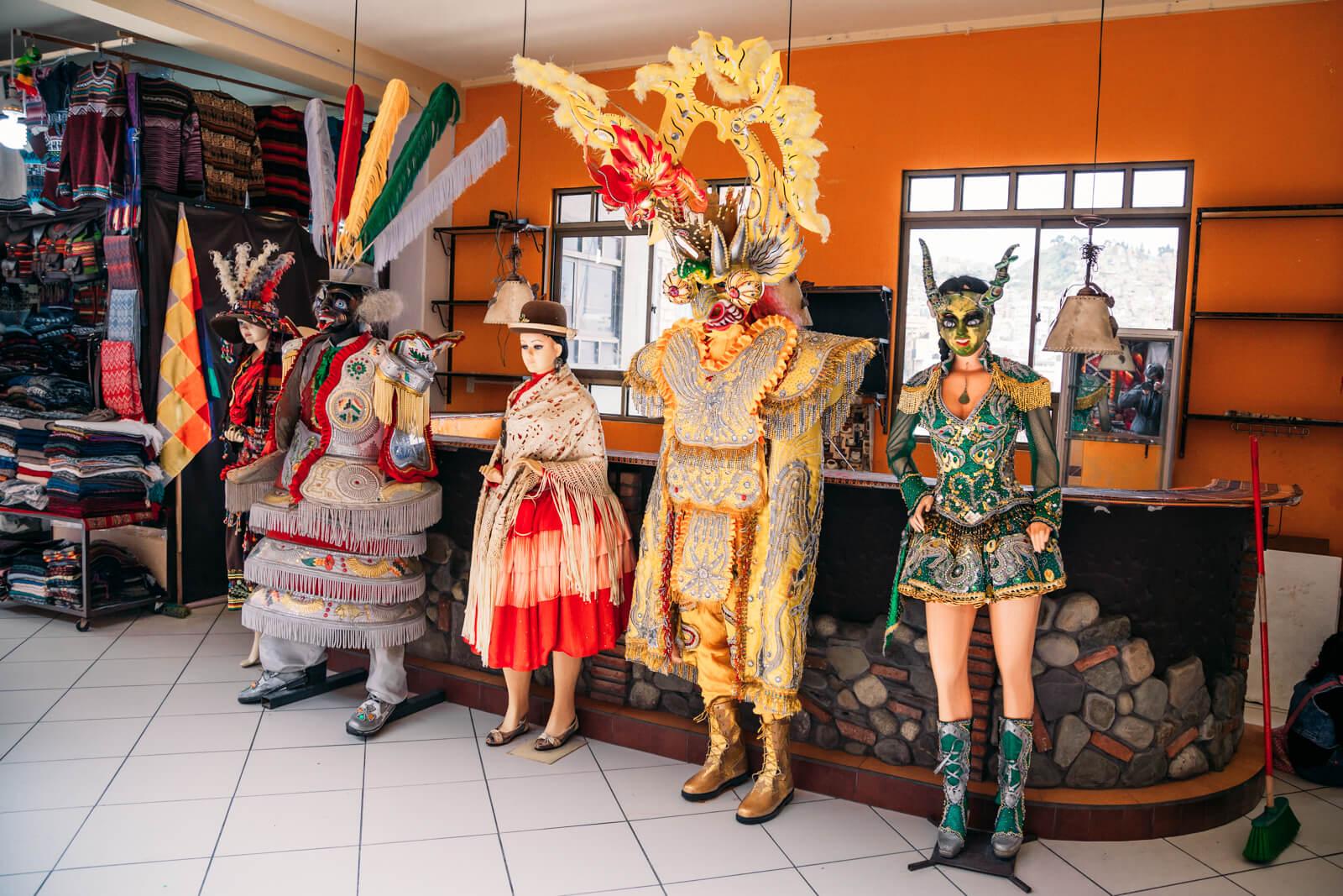 Mercado das Bruxas de La Paz - fantasias
