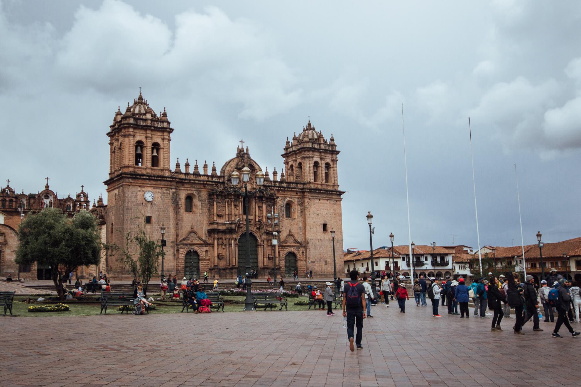 Catedral de Cusco e Plaza de Armas   City Tour em Cusco