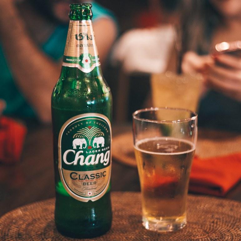 O que fazer em Bangkok - tomar uma Chang