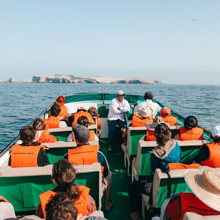 Ilhas Ballestas: barco aberto