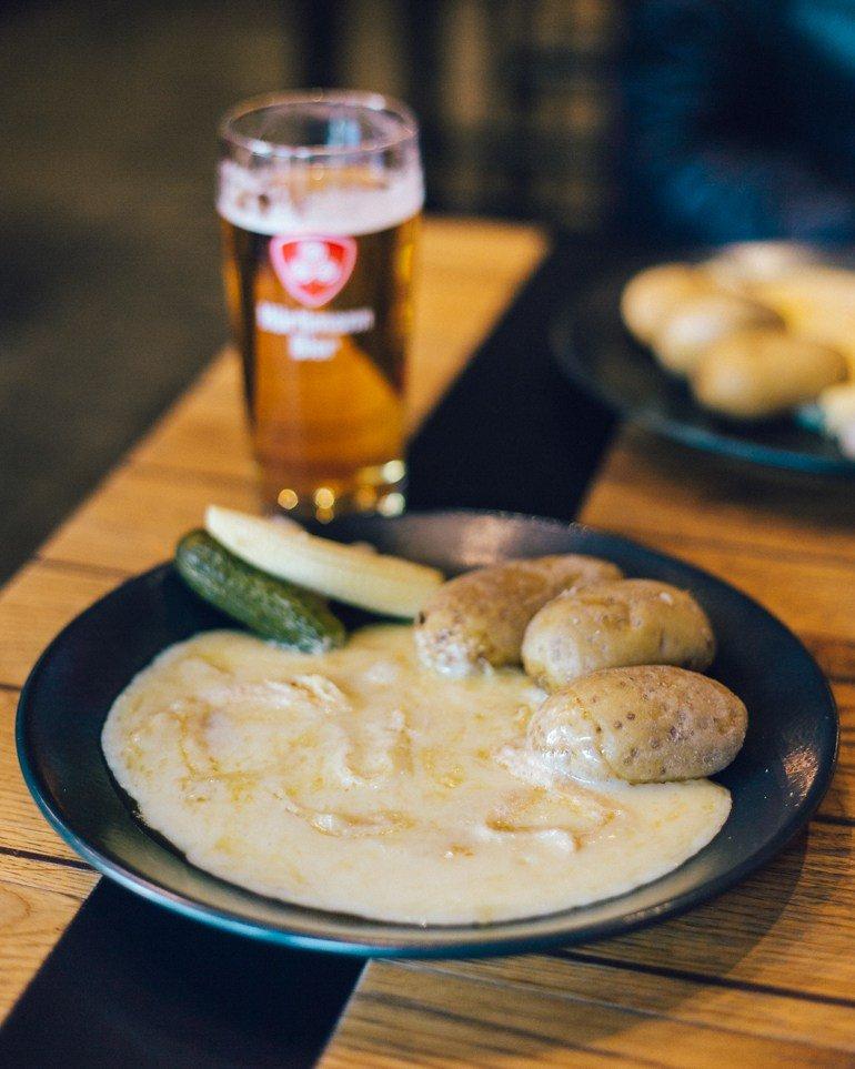 Raclette - O que fazer em Zurique roteiro de um dia