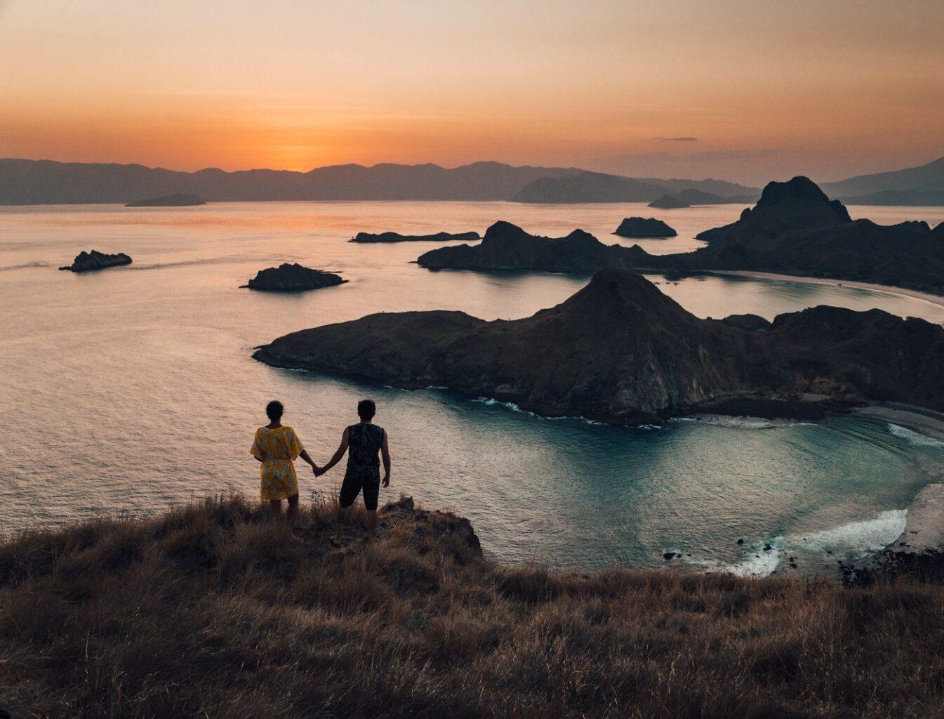 Komodo, Indonésia - ilha Padar - por do sol