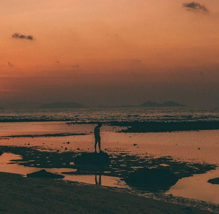 Komodo, Indonésia - por do sol