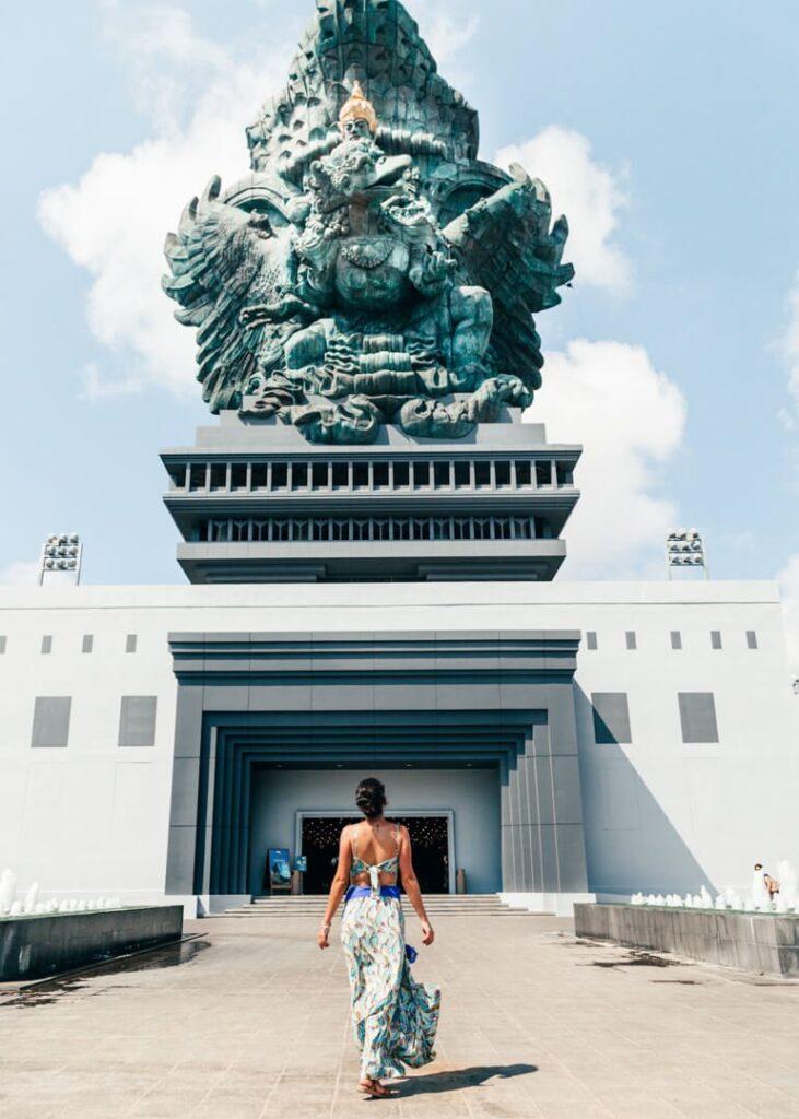 GWK - Garuda Wisnu Park - Indonésia - Bali - entrada da estátua