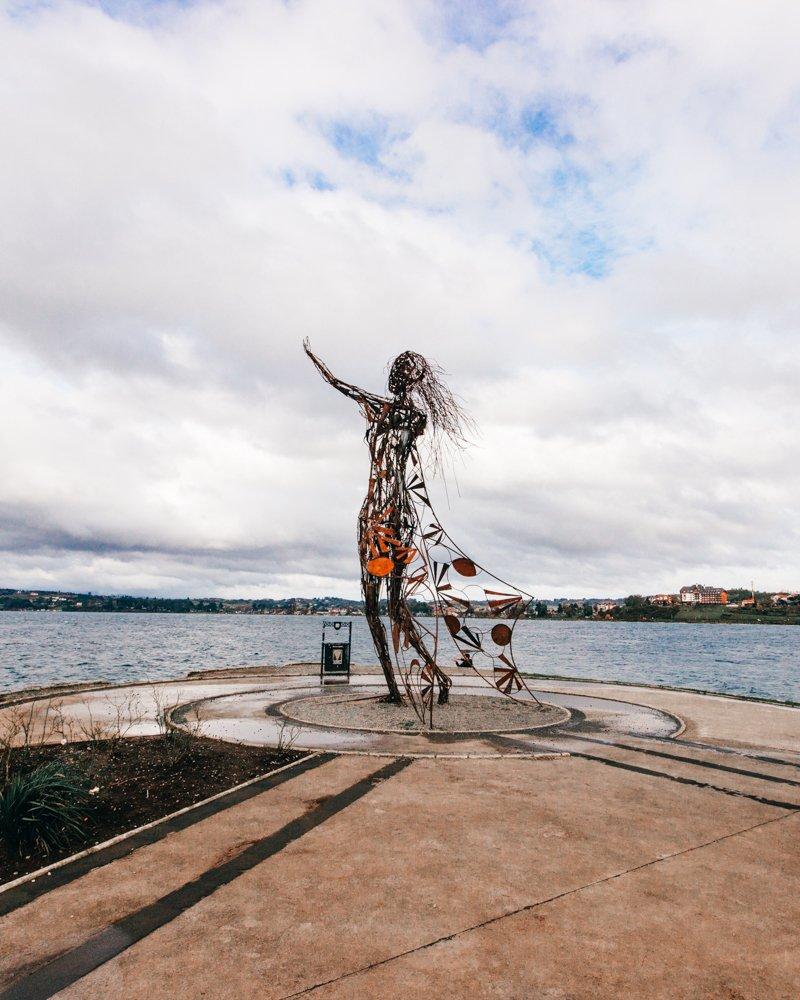 Puerto Varas, Chile: escultura de ferro