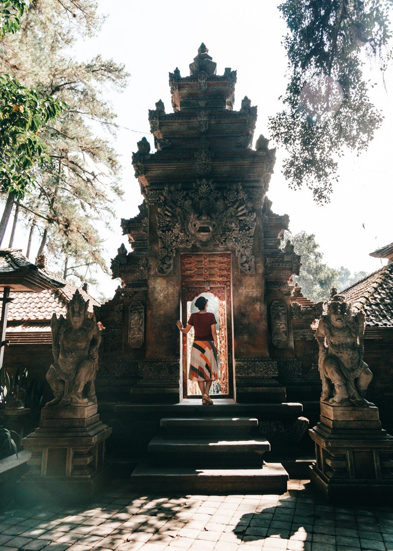 Um dos portais do templo Pura Tirta Empul