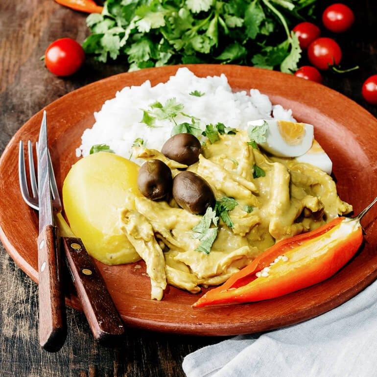 Comida peruana - Ají de gallina (comida típica do Peru)