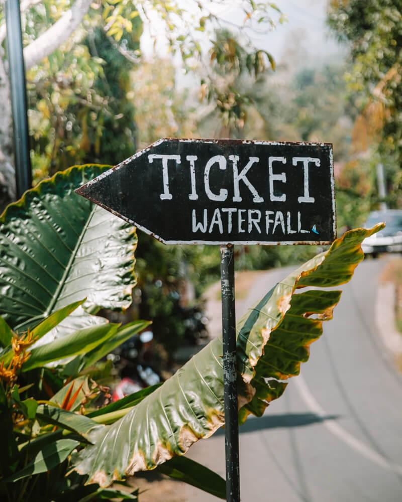 Munduk, Bali - Placa