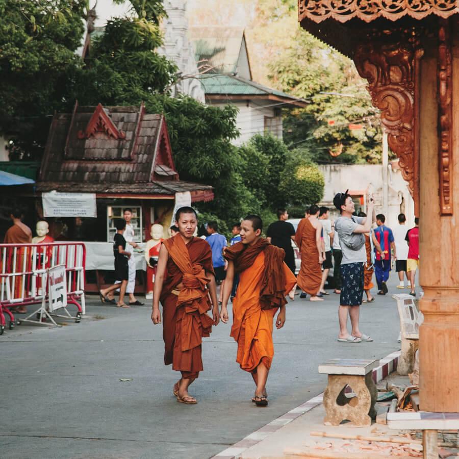 roteiro tailandia - chiang mai monges