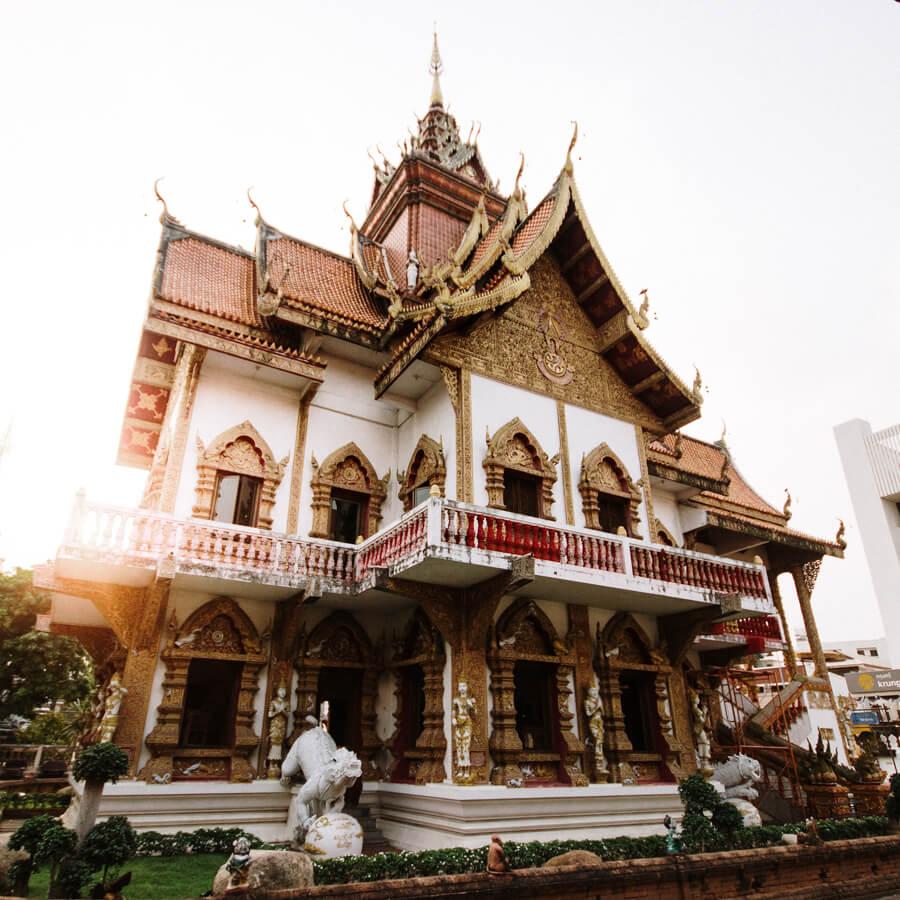 roteiro tailandia - templo budista em chiang mai