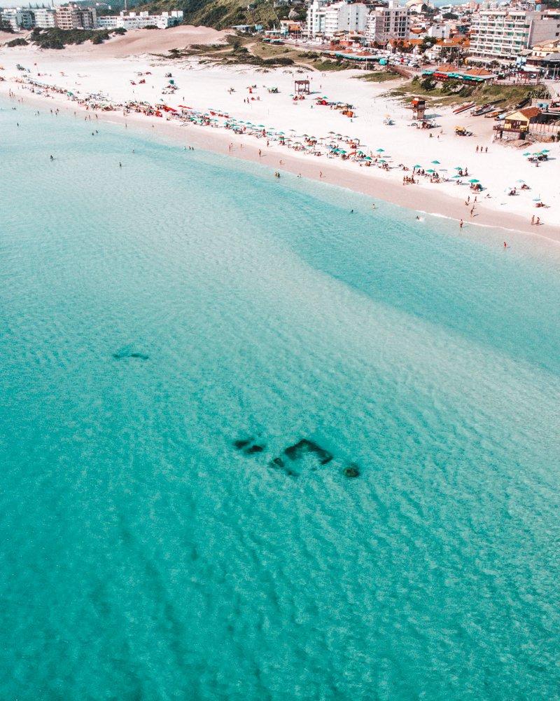melhores praias de Arraial do Cabo: naufrágio da Praia Grande