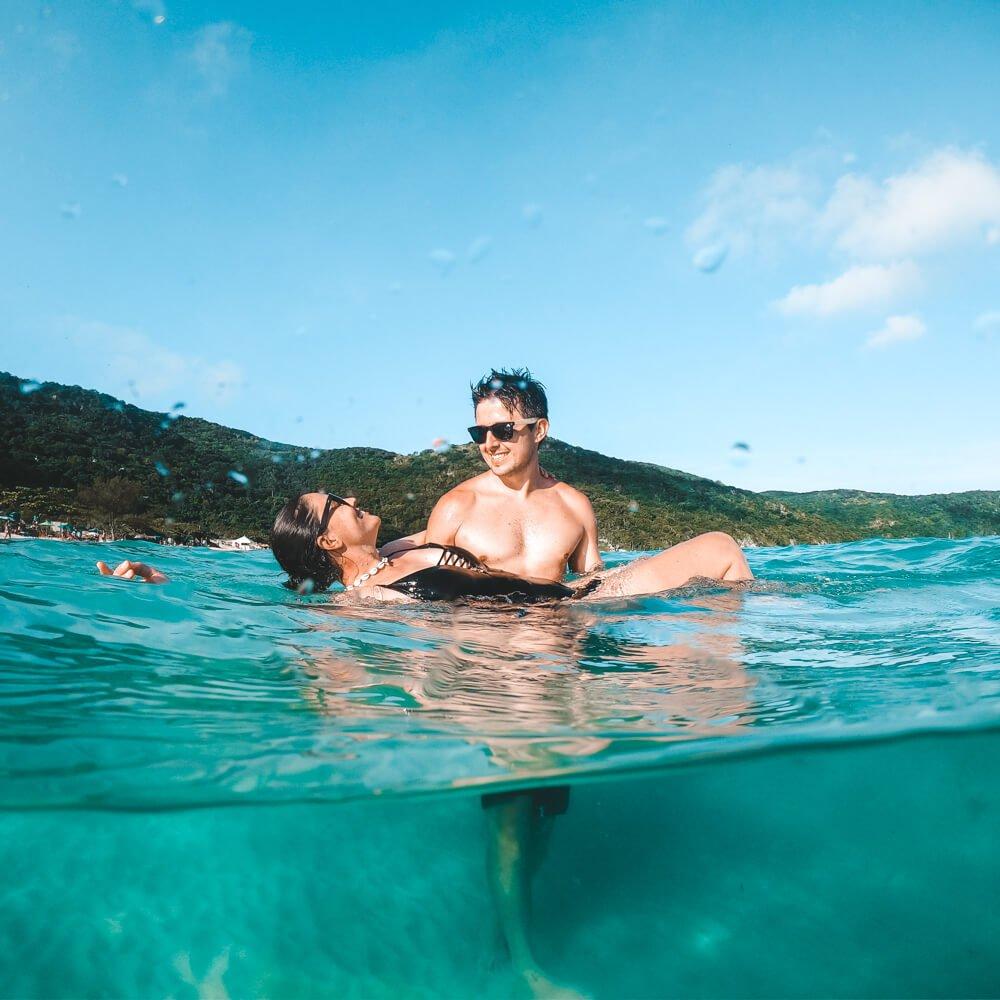 Praia do Forno, Arraial do Cabo - foto na água
