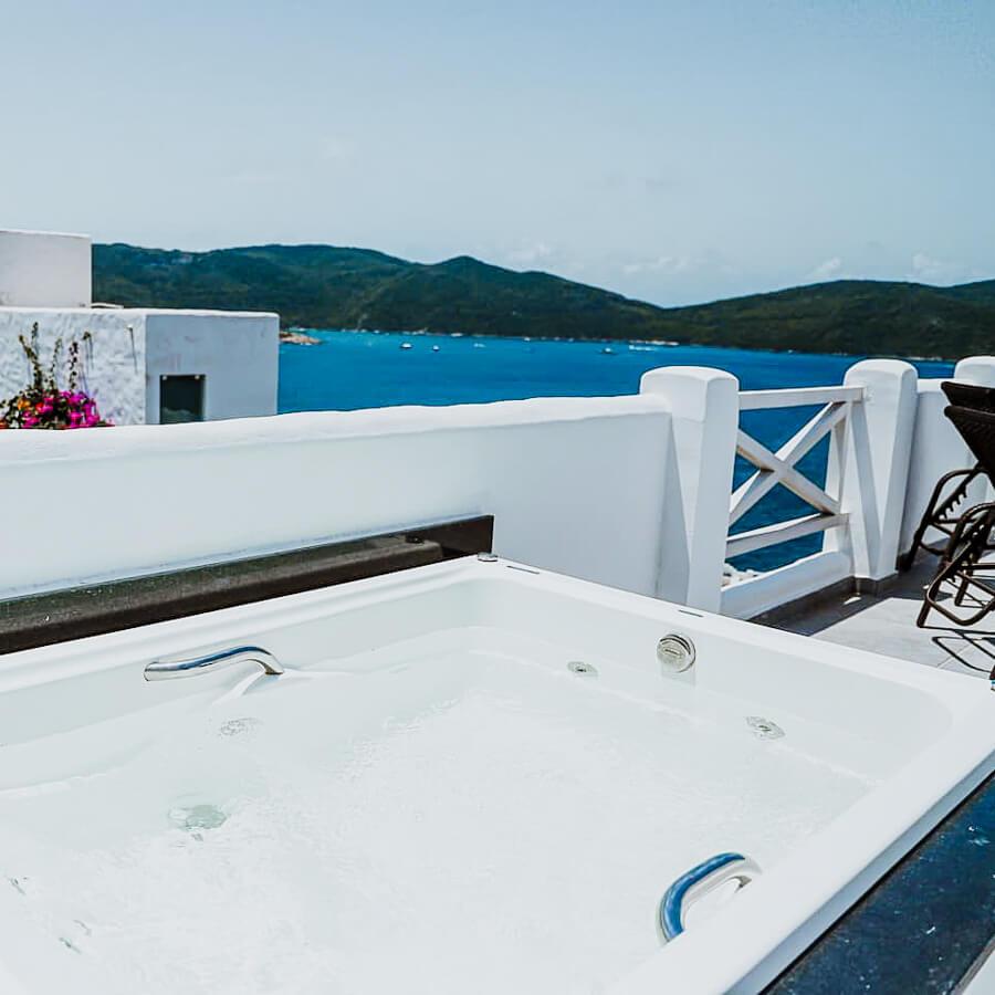 Casa Calisto - Airbnb em Arraial do Cabo - foto da jacuzzi