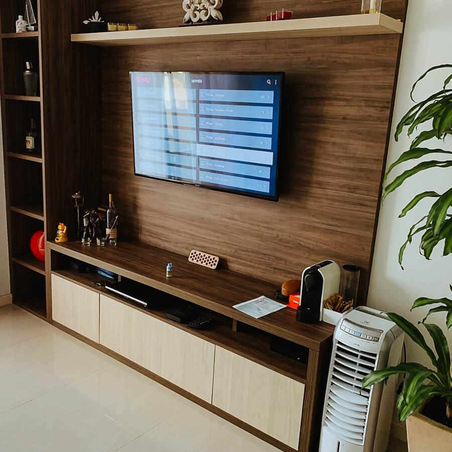 apartamento - airbnb Arraial do Cabo - painel de televisão