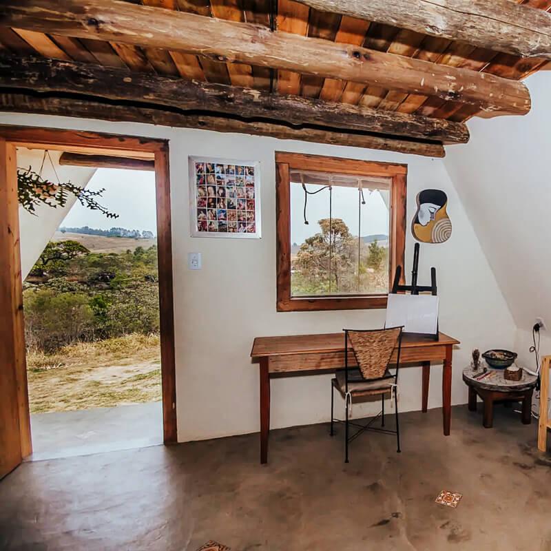 Airbnb Carrancas: Chalé Casa Atelie