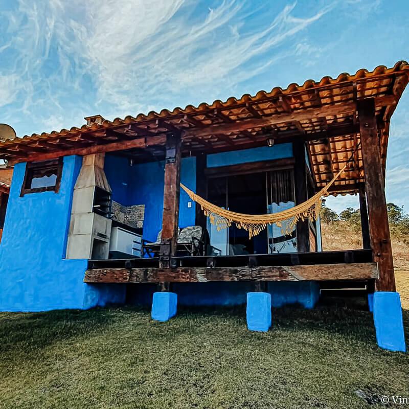 Varanda do chalé Vila Real - airbnb em Carrancas