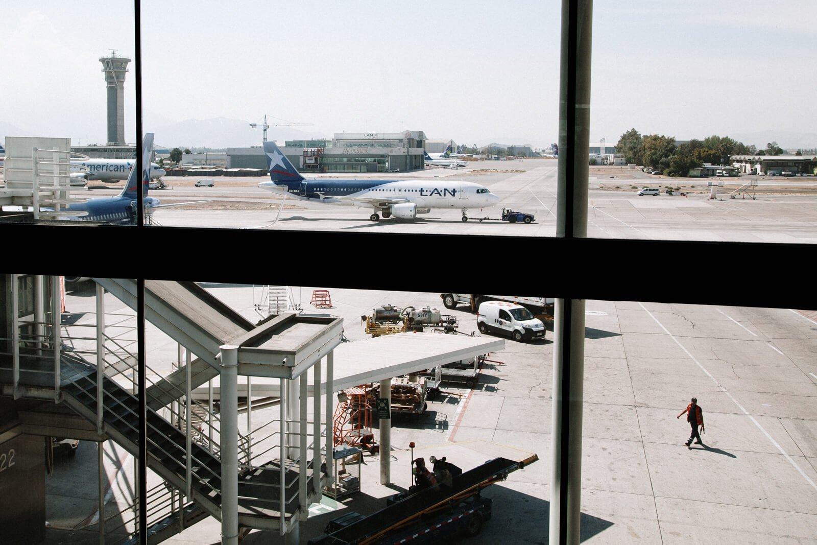 cancelamento de voo, atraso de voo, o que fazer? Foto aeroporto