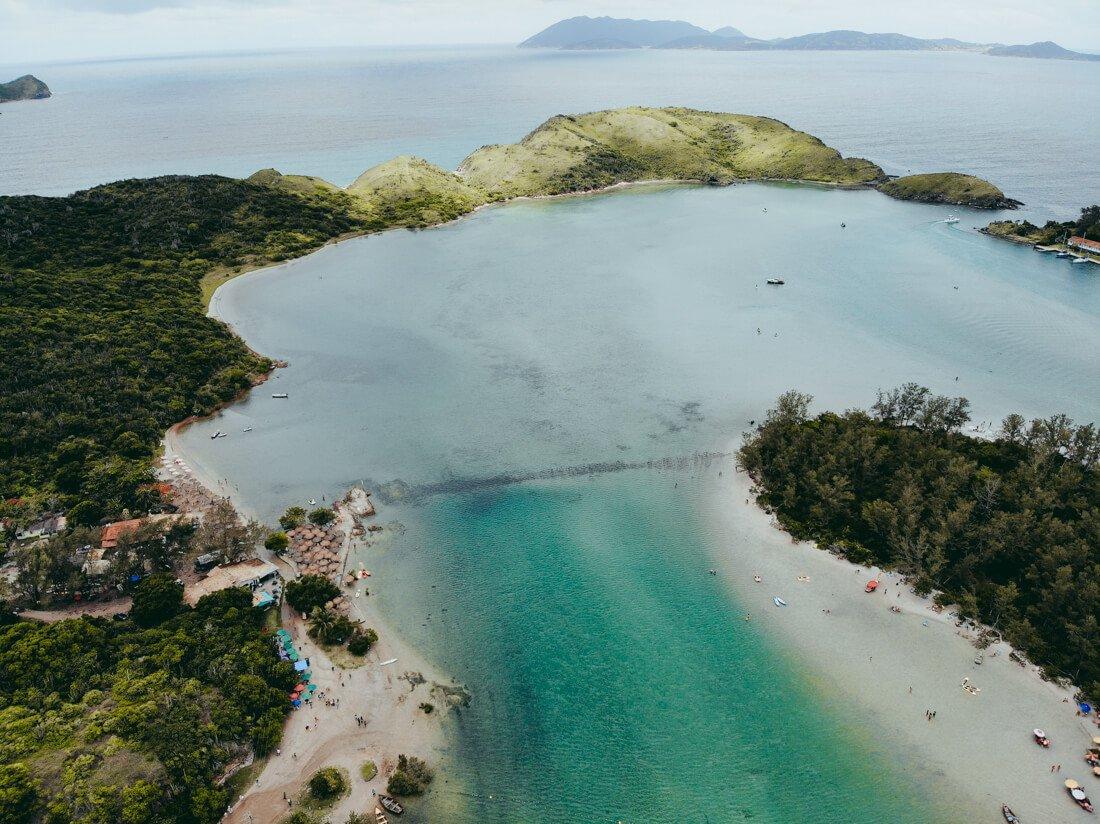 Foto aerea de uma das pontas da Ilha do Japonês