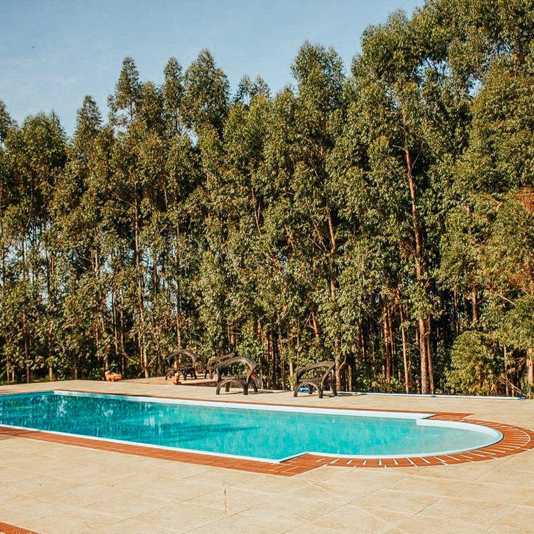 pousada carrancas: verdes em cantos - piscina