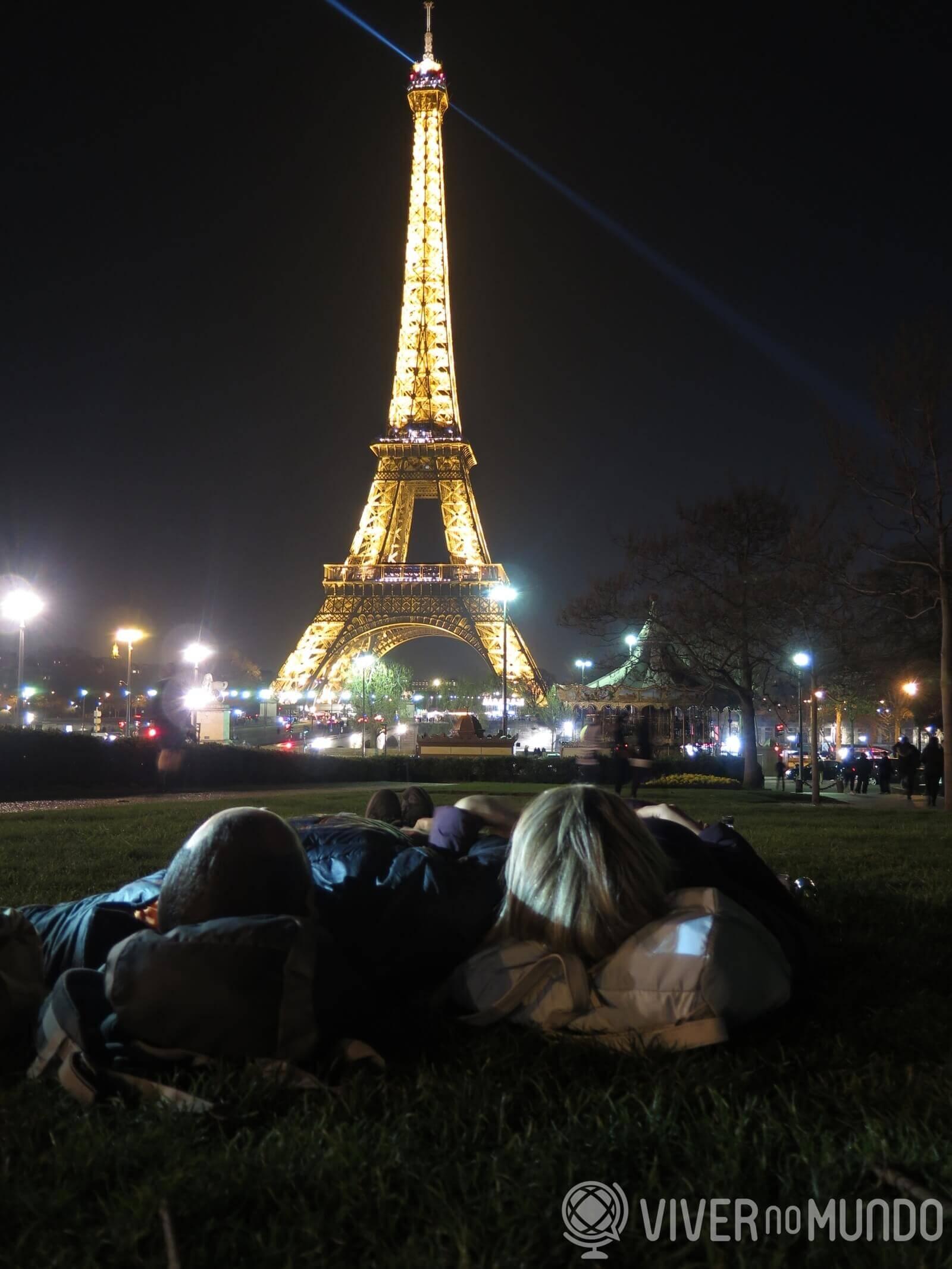 O que fazer em Paris: Show de luzes da Torre Eiffel