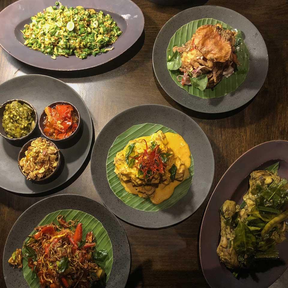 Jantar no Lumbung Restaurant Desa Visesa Ubud
