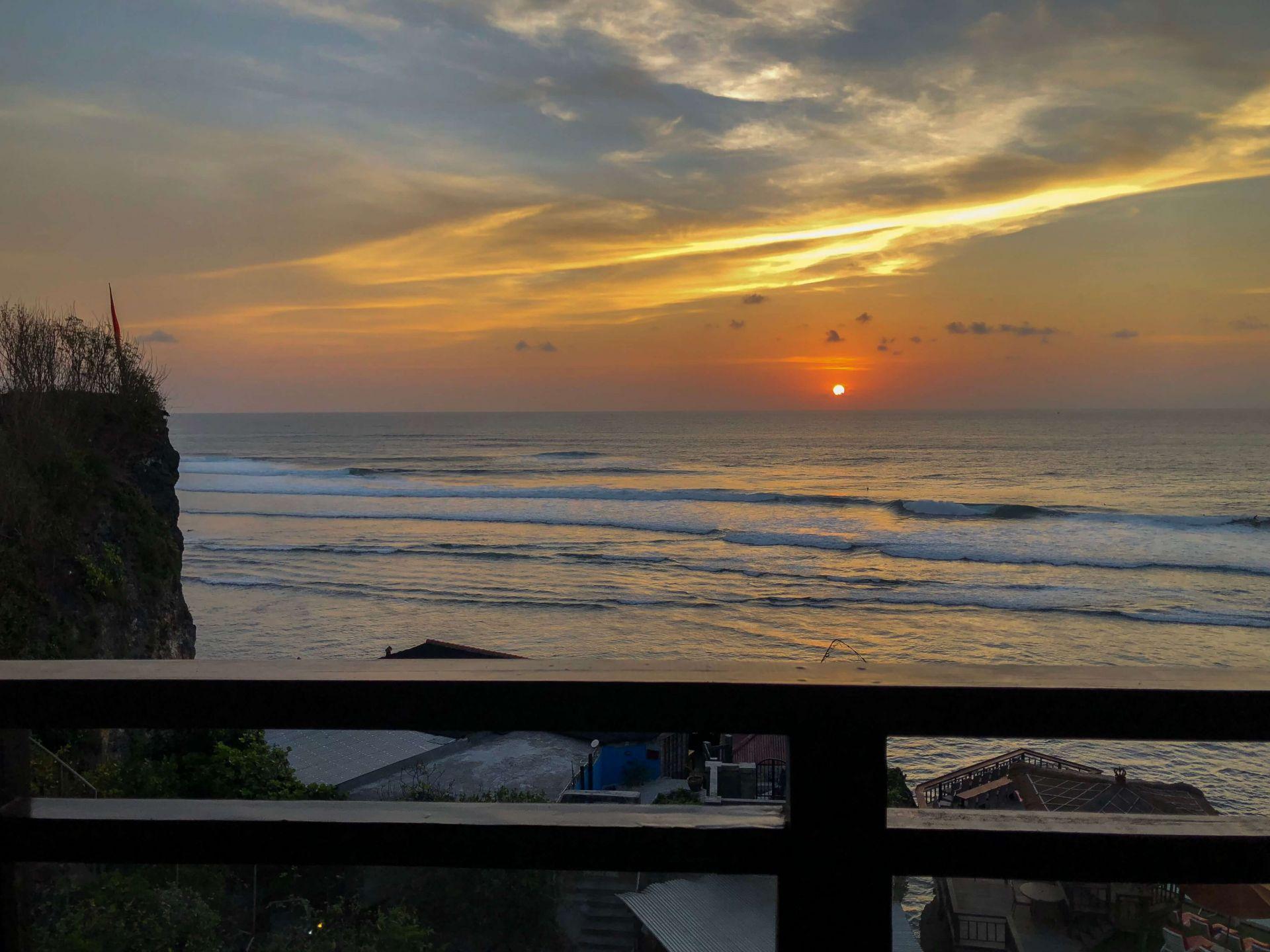 Pôr do Sol varanda Uluwatu Cliff Apartment