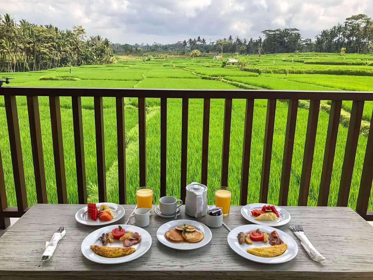 Café da manhã varanda UbudOne Villas
